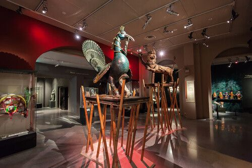 Sculptures in the Asian Civilisations Museum.