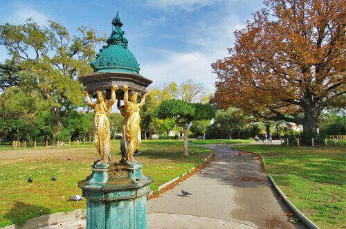 A statue in Langchamp Park, Marseille.
