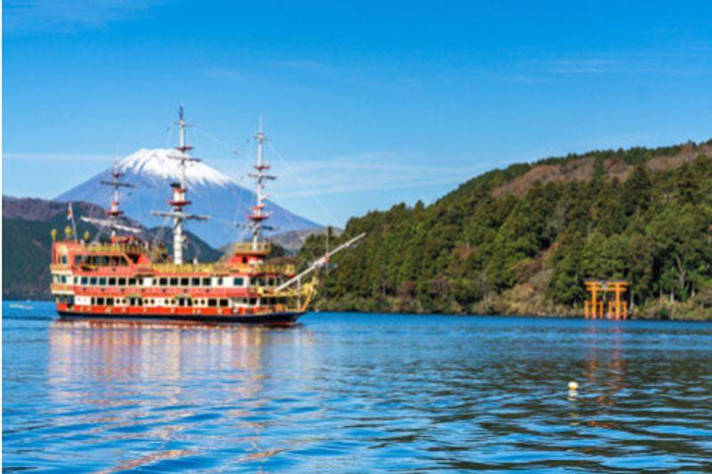 An old-fashioned boat cruising on Mount Fuji in Hakone, Japan.