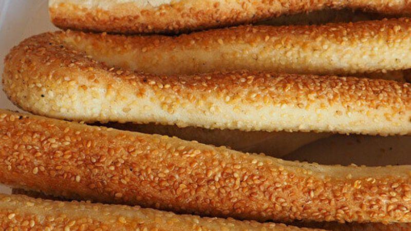 Traditional Jordanian bread called Kaak