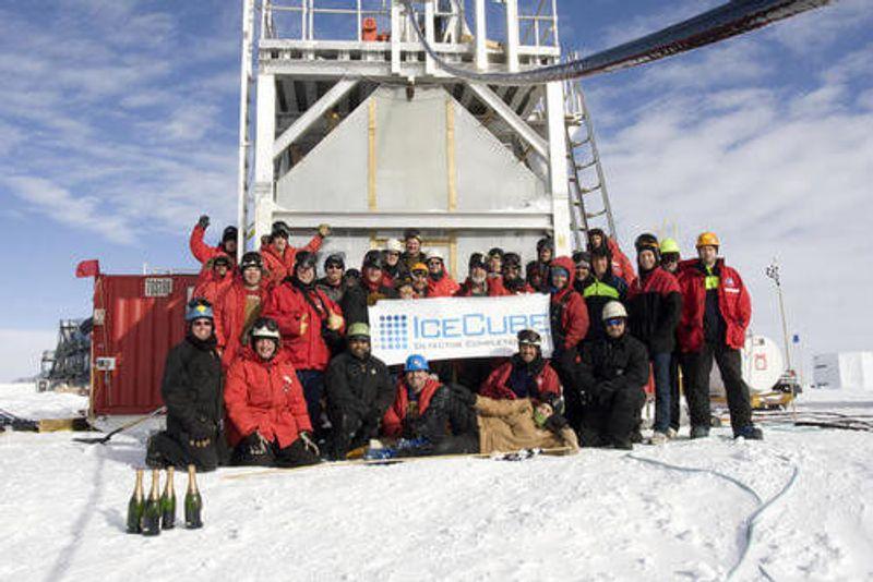 IceCube Neutrino Observatory employees in Antarctica